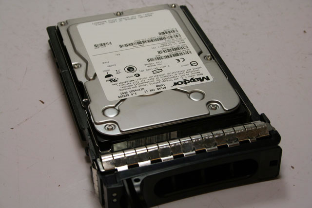 Dell PowerEdge FC273 146GB 15K U320 SCSI Hard Drive